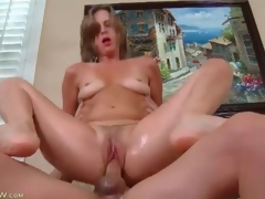Milf twat is soaking wet as that babe rides his pecker