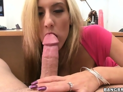 Exciting POV blowjobbing and rug munch from the horny couple