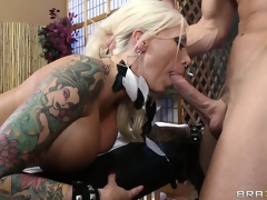 Dazzling tattooed blonde acquires a hawt massage and much more